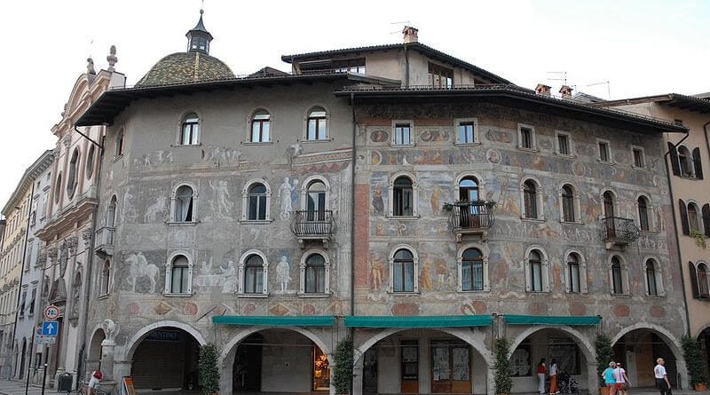 Trento case Cazuffi Rella