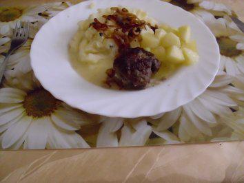 majoran-frikadellen-mit-apfelkompott-rezept