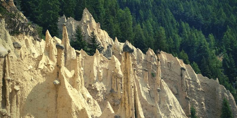 piramidi di terra perca val pusteria
