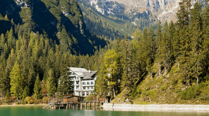 hotel al lago di braies e alloggi