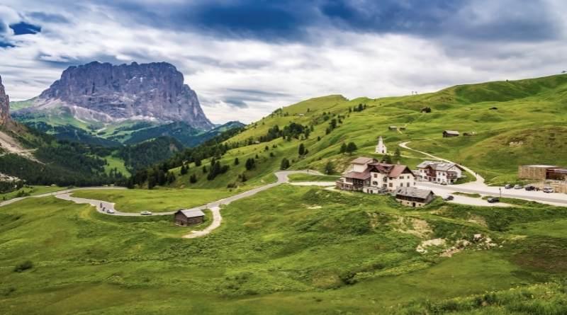 passo gardena: passi più panoramici delle Dolomiti